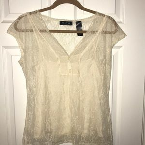 Cream lace w cream tank top shirt attached